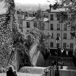 18ème arrondissement – Petite pause sur les marches de la rue du calvaire