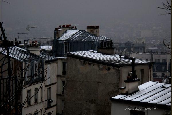 180048_les_toits_enneiges_de_la_butte_montmartre