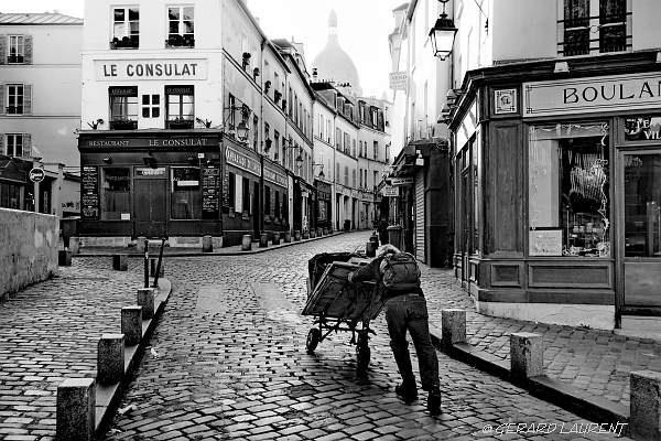 180049_paris_le_peintre_de_la_rue_norvins