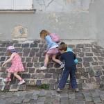18ème arrondissement – Marcher sur les murs rue saint Eleuthère