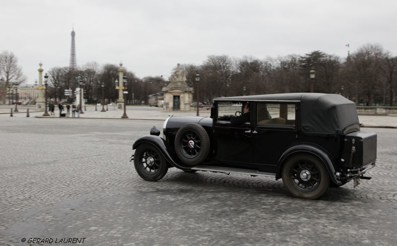 8ème arrondissement : Visiter Paris en auto : Place de la Concorde