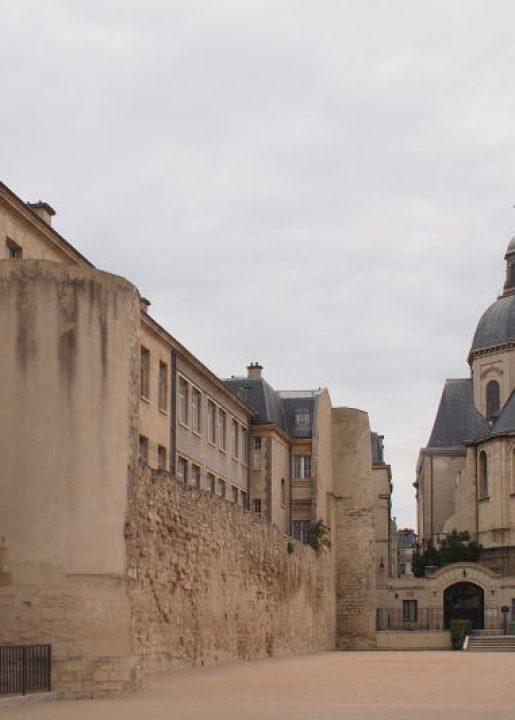 4ème arrondissement – Le mur d'enceinte de la rue des Jardins Saint-Paul