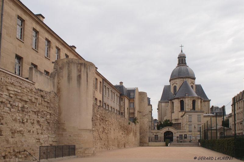 040045 - Le mur d'enceinte de la rue des Jardins Saint Paul