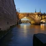 4ème arrondissement – Crépuscule quai de Corse sur le pont Notre Dame