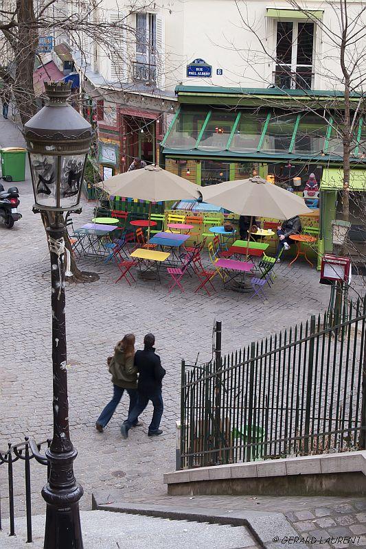 18ème arrondissement – Petit pas de danse rue Paul Albert