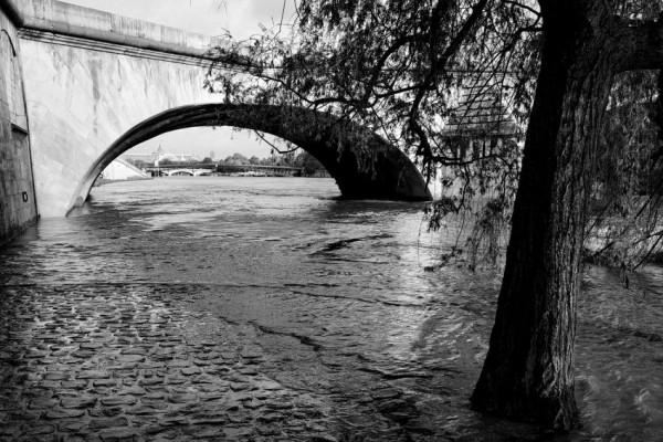 070019 - Le Pont Royal
