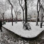 18ème arrondissement – La place du Tertre sous la neige