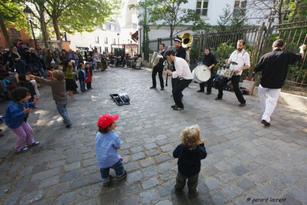 18ème arrondissement - Jazz et pas de danse place des Abbesses