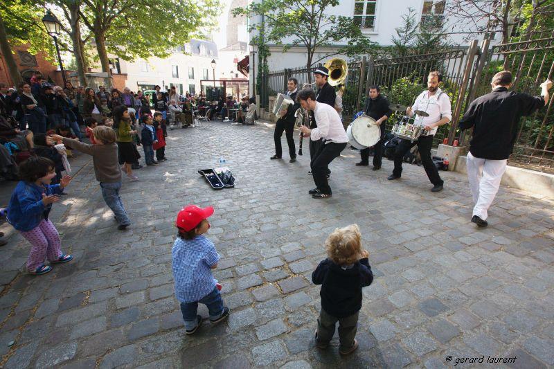 18ème arrondissement – Jazz et pas de danse place des Abbesses