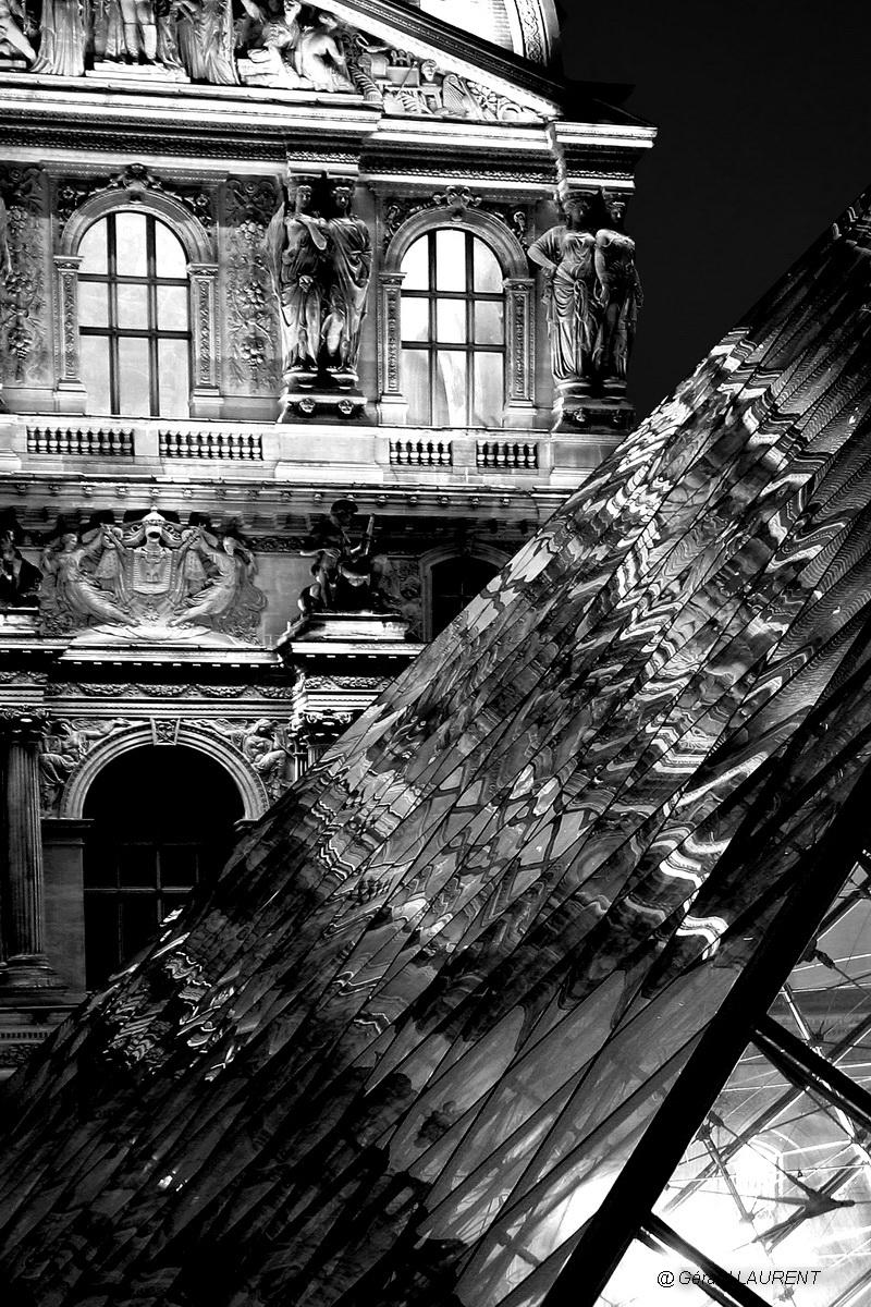 1er arrondissement - La pyramide du Louvre