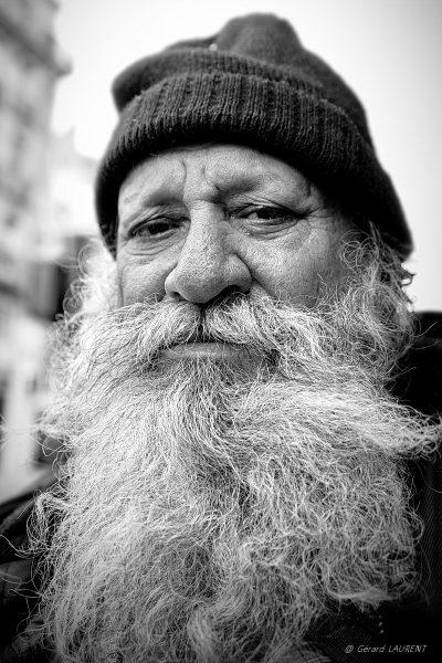 Le mendiant de la rue du Louvre