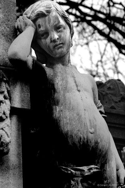 20ème arrondissement - L'enfant triste du Père Lachaise