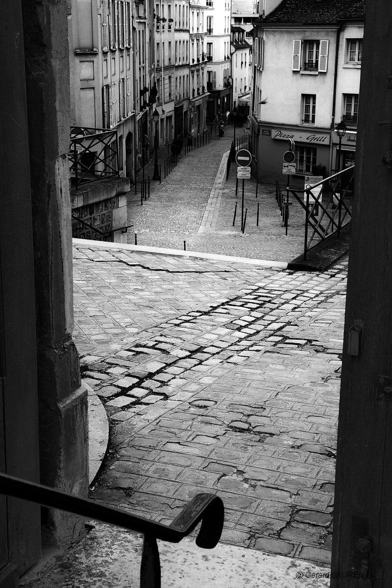 20ème arrondissement - La rue Saint Blaise et la sortie d'église
