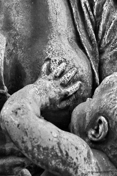 20ème arrondissement - Le Père Lachaise - Le sein