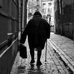 4ème arrondissement – Femme au cabas rue du Prévôt