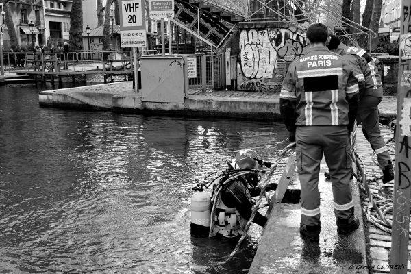 10ème arrondissement - Pompiers pieds lourds Canal Saint Martin