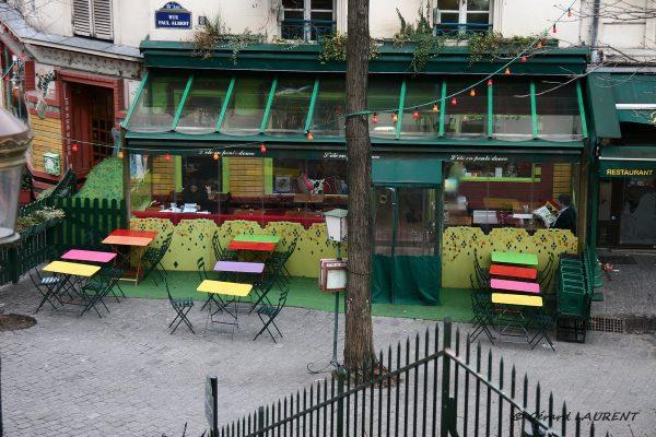 Dix-huitième arrondissement - L'été en pente douce rue Paul Albert